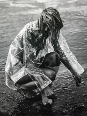 Chloe-Holmes-by-Kesler-Tran-3-1